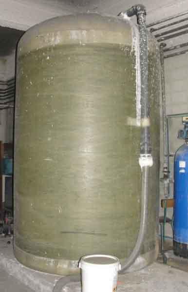 Depositos y compra venta depositos de for Estanque de agua 10000 litros precio